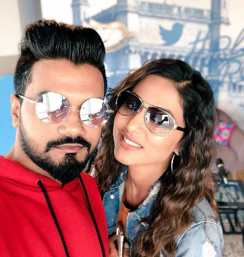 Big Boss 11's Hina Khan engaged to boyfriend Rocky Jaiswal was a dreamy affair; exciting details