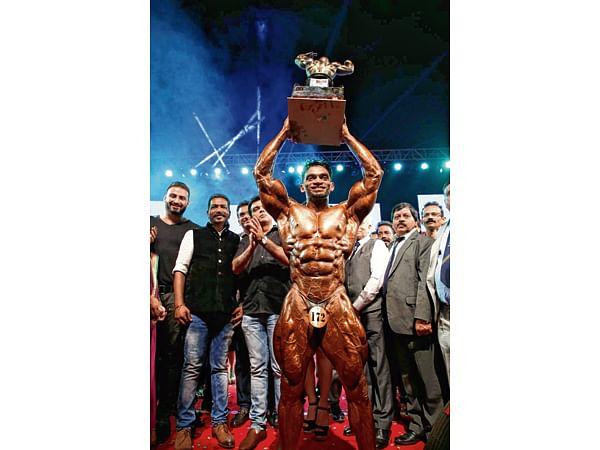 Suneet Jadav makes it five in a row