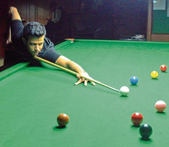 Hassan Badami strikes form, advances into third round