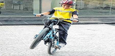 Indore: Cycling away from gadget addiction