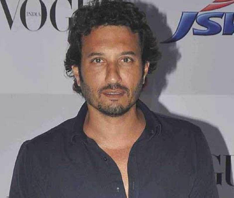 Homi Adajania to direct 'Hindi Medium' sequel