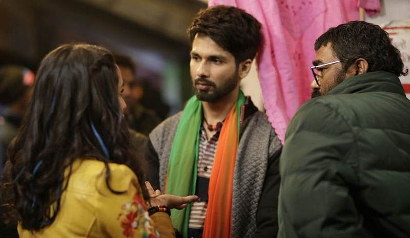 See photo: Shahid Kapoor revisits boy-next-door look for 'Batti Gul Meter Chalu'