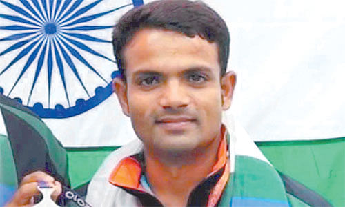 Indore: Four held for conning Olympic medal winner
