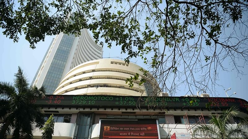 Sensex, Nifty turn choppy amid weak global cues