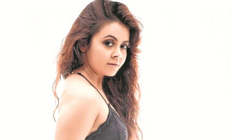 'Saath Nibhaana Saathiya' fame Devoleena Bhattacharjee's bank account hacked; actress to file police complaint