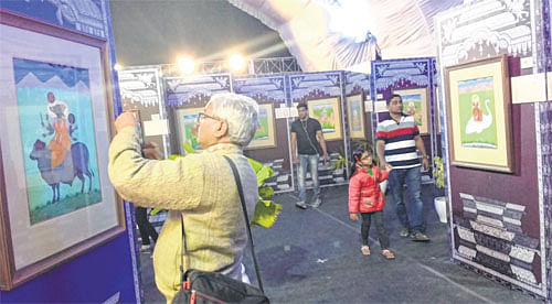 Blowing into a bone to make music: Out-of-ordinary exhibits draw crowd at Lokrang