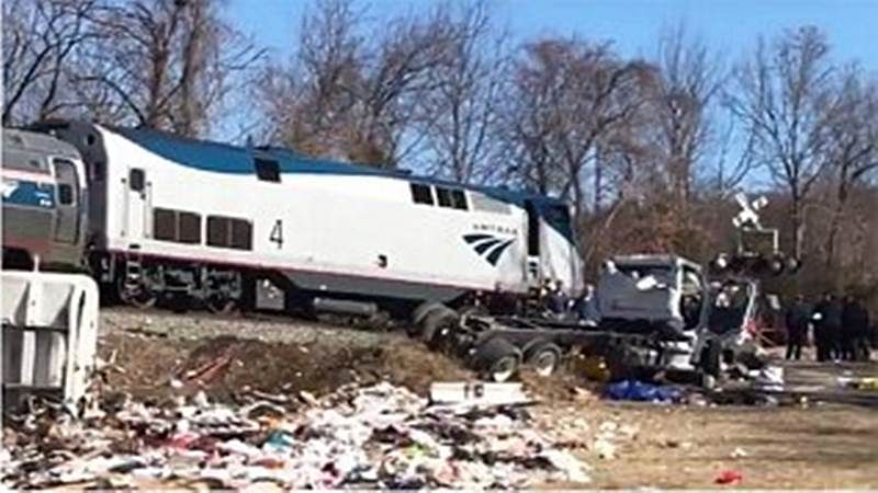US: Train carrying Republican lawmakers crashes, one dead