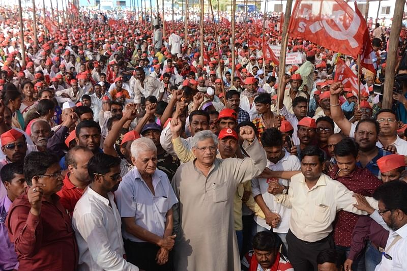 Mumbai: Sitaram Yechury  after Maharashtra government accepted farmers demands in Azad Maidan on Monday. Photo by BL SONI