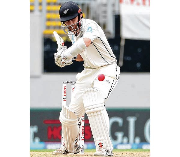 Williamson hits tons record in rain-hit Test