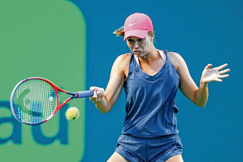 Qualifier Collins topples idol Venus to reach Miami semis