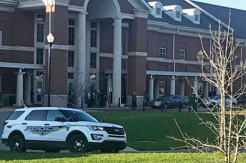 Alabama high school shooting: 1 killed, another student injured in school shooting