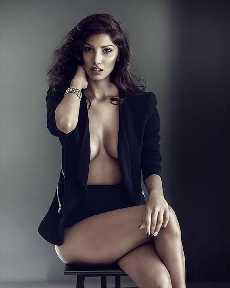 HOTNESS: Nicole Faria's without shirt BOLD photoshoot is breaking the internet
