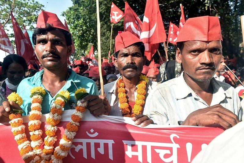 Mumbai: Kisan Sabha decides to reach Azad Maidan early morning, instead of halting overnight at Somaiya ground