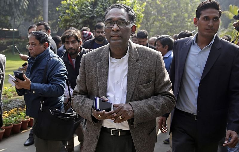 Supreme Court judge Justice Chelameswar seeks full court discussion on government interference