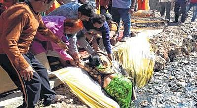 Ujjain: Two women fall in open drain near MR5