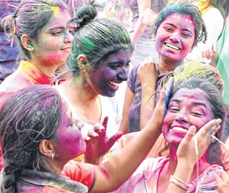 Holi 2018: Why you must shun chemical colours during the festival