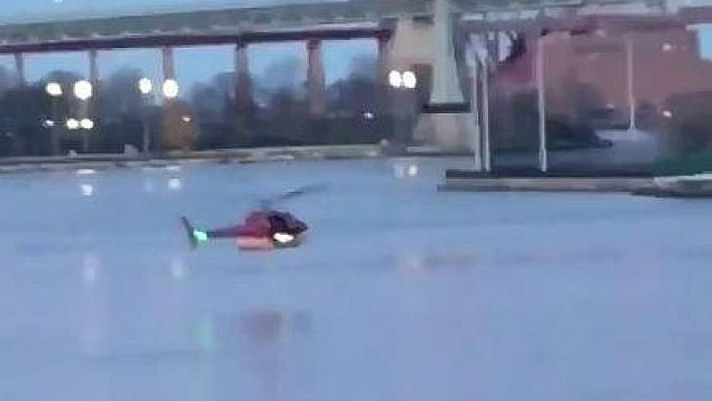 New York: At least 2 died as helicopter crashes into Manhattan's East River