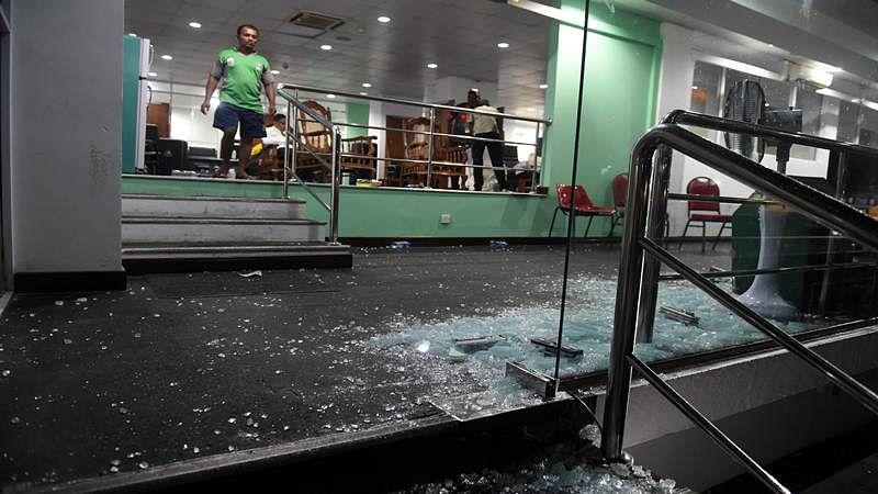 Nidahas Trophy: Bangladesh dressing room glass door found broken