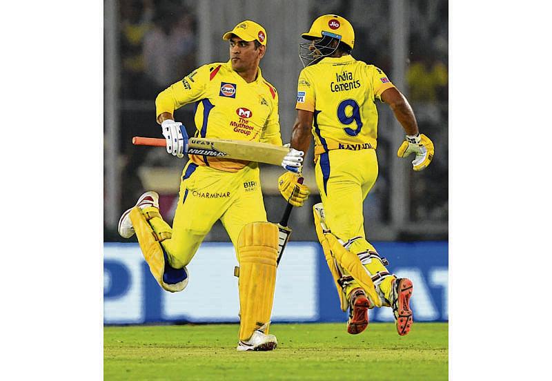 Punjab stuns Chennai despite Dhoni's heroics