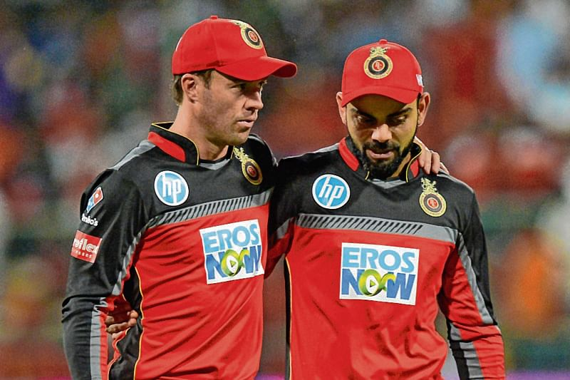 RCB captain Virat Kohli (R) and AB De Villiers .