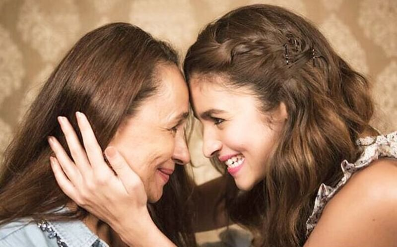 Alia Bhatt wishes her stunning mom Soni Razdan on her 62nd birthday with an emotional post