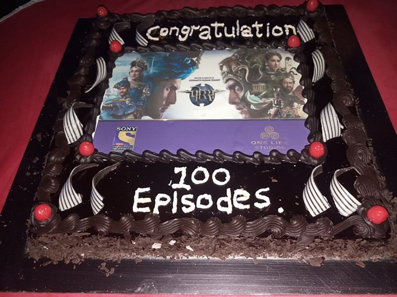 'Porus' completes it's 100th episode; check out celebration pictures here