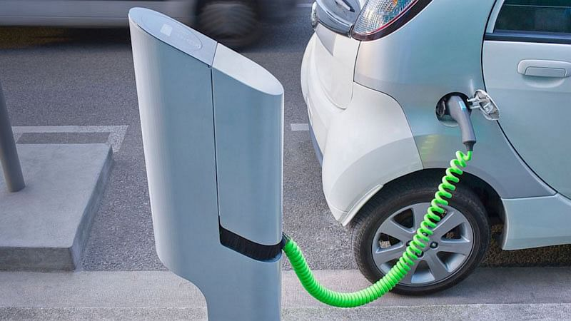 'No permit needed for e-car charging stations'
