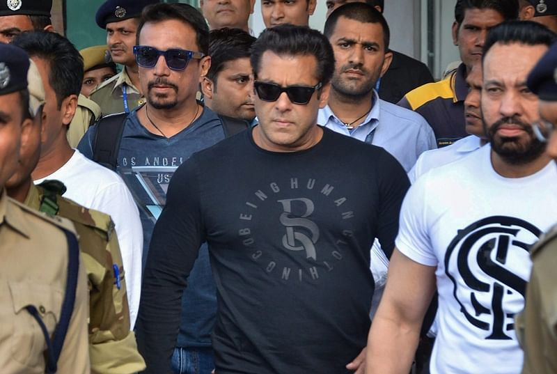 Mumbai: Bailable warrant issued by court against Salman Khan stayed