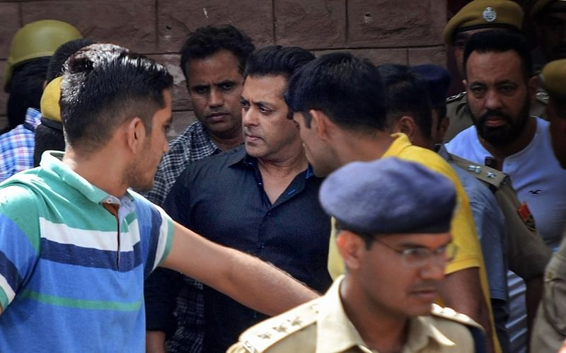 Jodhpur: Bollywood actor Salman Khan is taken away from the court after he was awarded five years in jail in decades old illegal poaching case, court after court declared 5 year Jail, in Jodhpur on Thursday. PTI Photo (PTI4_5_2018_000239B)