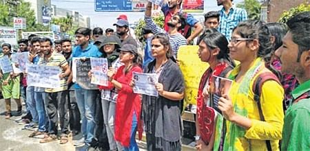 Bhopal: Not proud to be Indian, we hang our head in shame say protestors