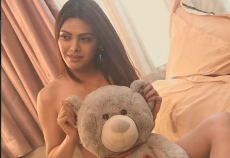 HOT! Sherlyn Chopra goes nude for a steamy photo-shoot, see pics