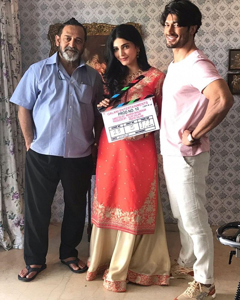 Mahesh Manjrekar is back! Vidyut Jammwal and Shruti Haasan kick-start shooting for 'Vaastav' director's next