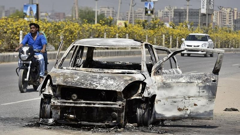 2 men burnt to death after car catches fire on highway in Gurgaon