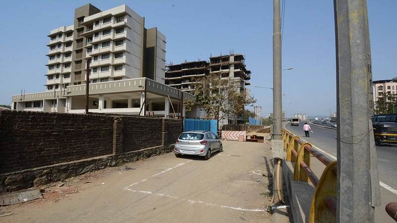Mumbai: Metro pillar working as an obstacle to new Dahisar fire station