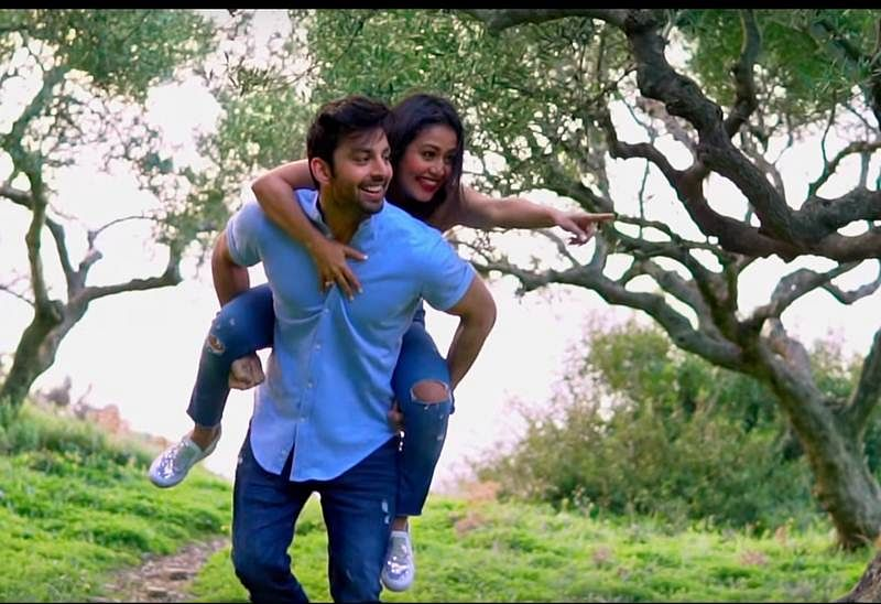 Oh Humsafar Song Neha Kakkar And Himansh Kohli S Chemistry In The Song Makes You Feel They Are In Love In Real