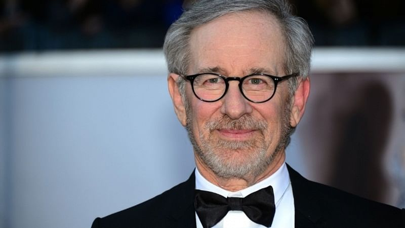 Steven Spielberg urges filmmakers to make films for 'big dark theatre'
