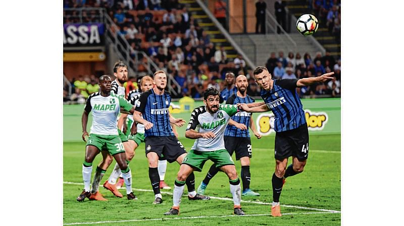 Inter crashes to seal Roma's Champions League berth