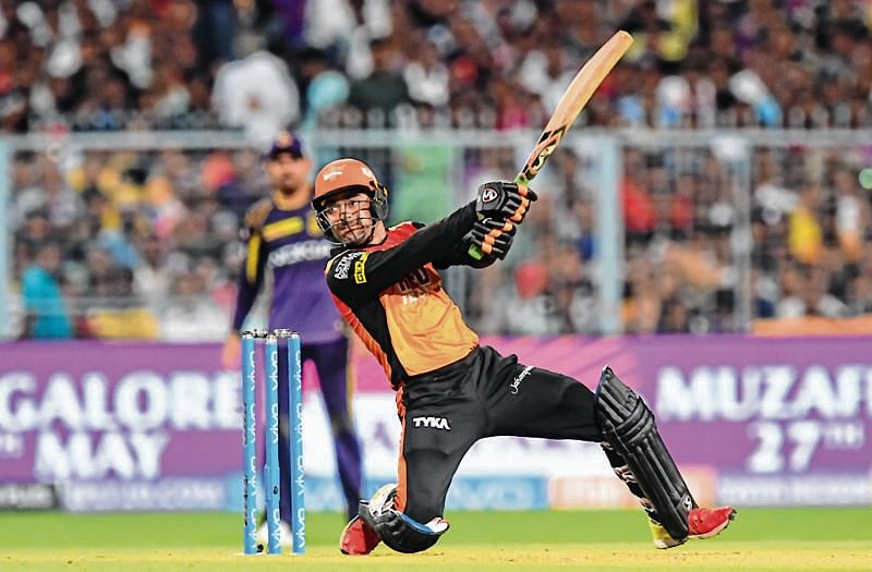 Sunrisers too hot for knights