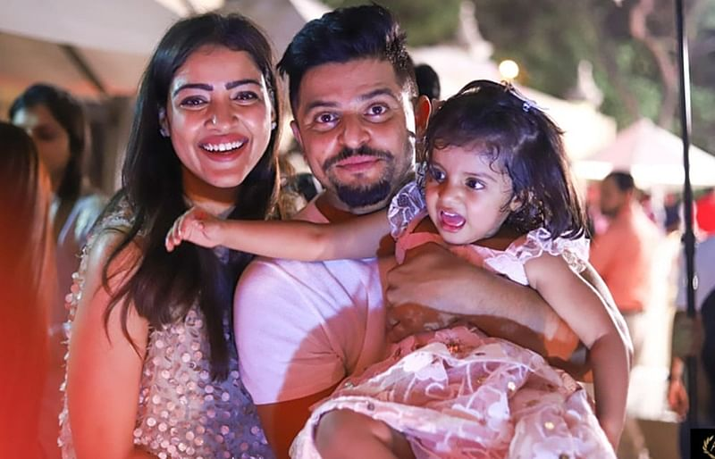 IPL 2019: 11 Indian cricketers and their beautiful wives