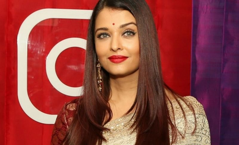 Aishwarya Rai Bachchan is just like any other housewife! Here's why