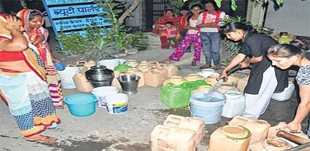 Ujjain: Contaminated water supply continues across city