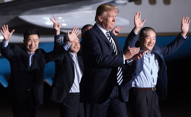 Donald Trump personally welcomes 3 Americans freed by North Korea