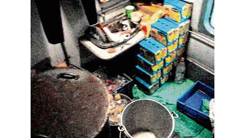 Mumbai: Contractor fined Rs 1 lakh for storing water bottles in Garib Rath toilet