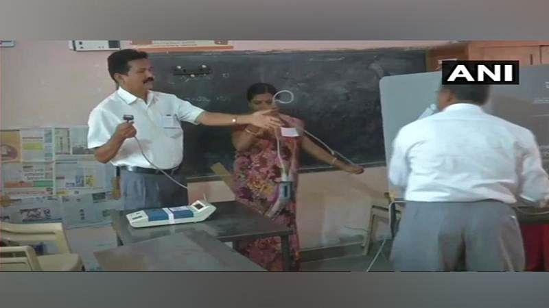 Karnataka Assembly Elections 2018: Faulty VVPAT machine stalls voting in Hubli