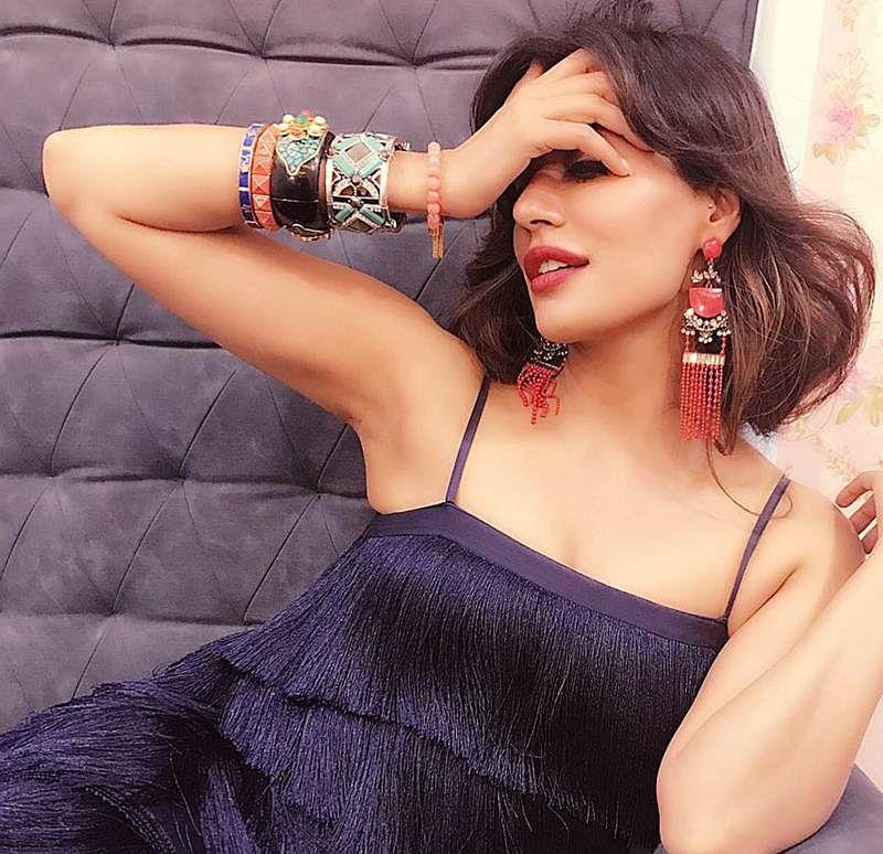 Chitrangda Singh brings the retro Gatsby look back!