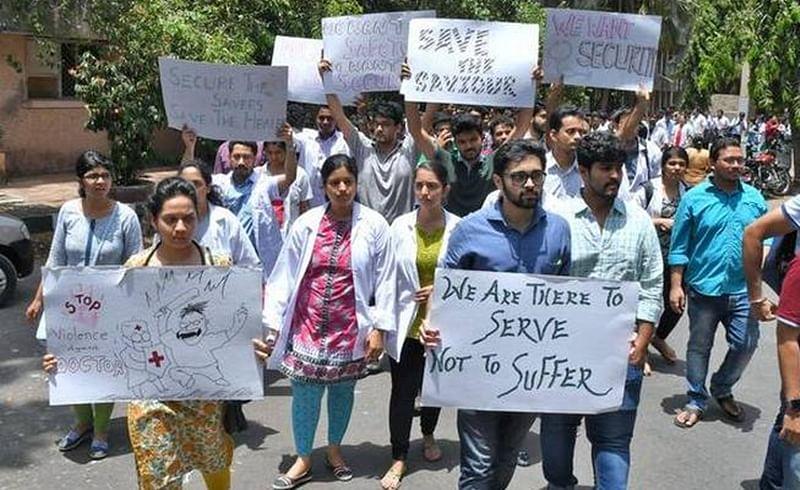 Medical interns go on indefinite strike across Maharashtra