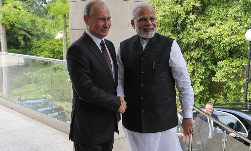 India will play footsie with all major powers