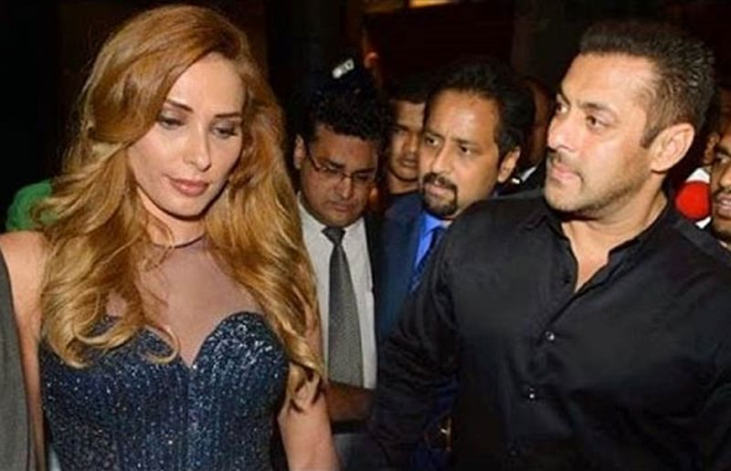Salman Khan gets mobbed by fans with alleged girlfriend Iulia Vantur at Jaipur airport; see video