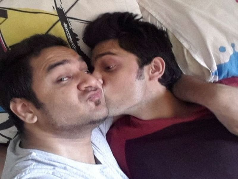 Enemies turn friends! Vikas Gupta and Parth Samthaan dance together, have they finally sorted out their problems?
