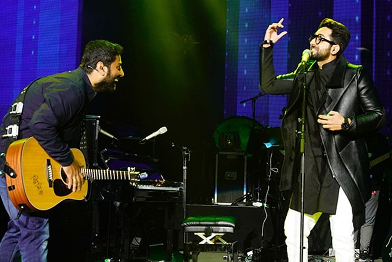 Double Power! Arijit Singh and Ayushmann Khurrana set the stage on fire